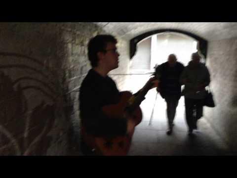 Belfast Buskers: Matt McKenna performs