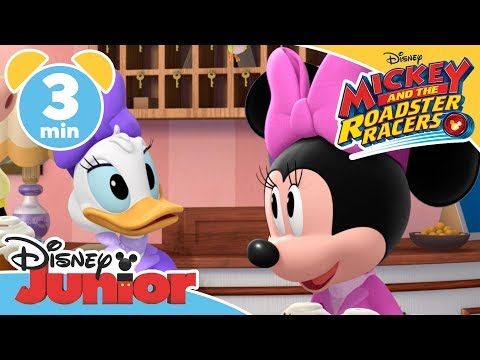 Mickey and the Roadster Racers | Singing In The Shower - Magical Moment | Disney Junior UK