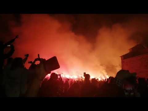 Download OJ KOSOVO, KOSOVO, USRED VASOJEVIĆA: Odjekuje pesma pred Đurđevim Stupovima