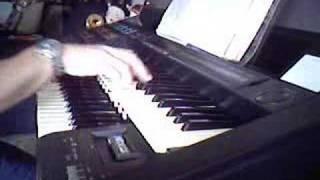 O Nara Played On Yamaha Electone HS-8