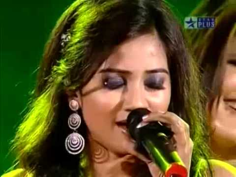 Shreya & her team in Muqqabla Aar-Paar on Music ka Maha Muqqabla