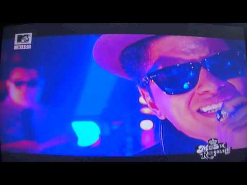 Bruno Mars - Our First Time (MTV Live Session)