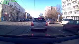 Нарушение и неадекватное поведение водителя Audi