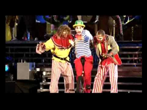 Take That - The Circus Live - Clown Medley (15/22)