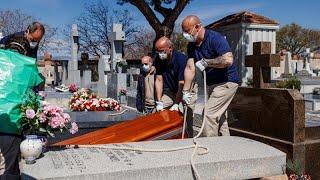 İspanya: Covid-19 ölümün yanında geriye telafisi olmayan acılar bırakıyor