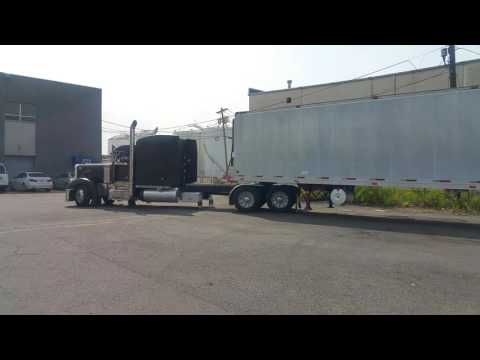 Peterbilt 325 wheel base yard switching lol