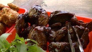 Jakarta Street Food 256 part 2 Roasted Chicken Black Sweet Ayam Bakar Hitam Manis Mentega.mp4