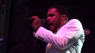 "Maxwell Live - 06.23.14, ""Bad Habits"""