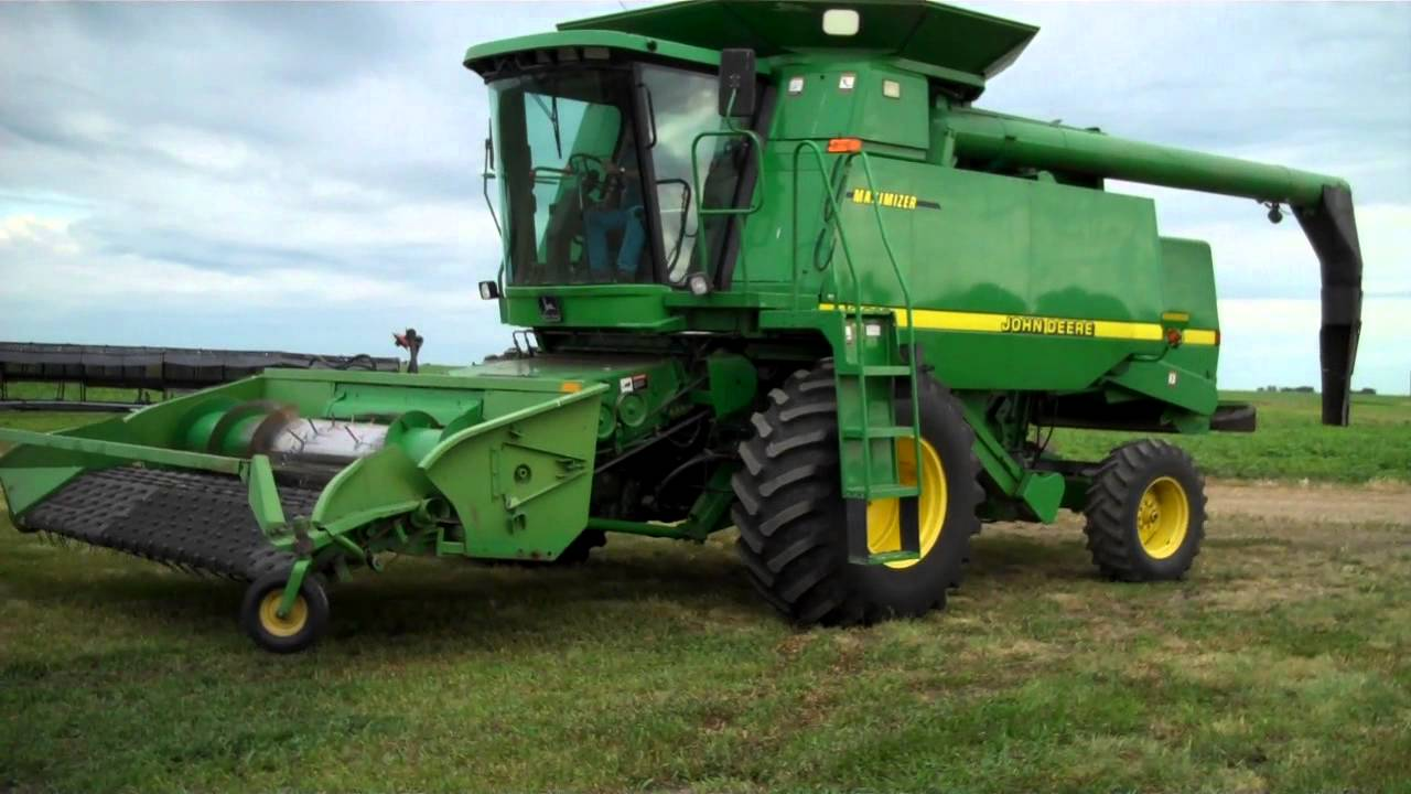 Farm Tractor Electronics : Hart april weyburn sask farm equipment auction john