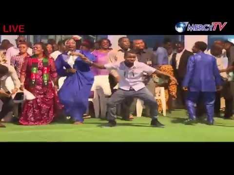 Sunday Breakthrough Live Service From Warri, Delta State, Nigeria(30/ October /2016)