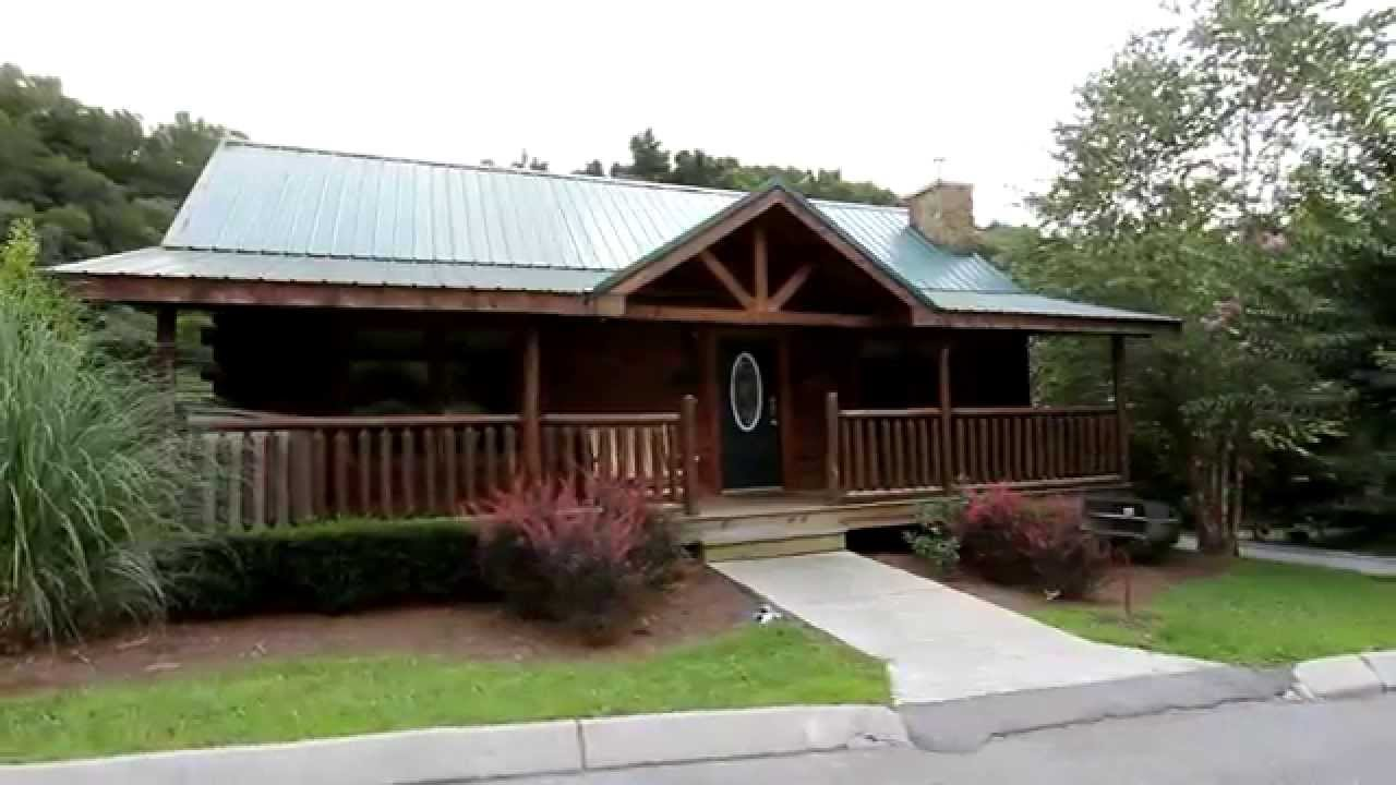 bedroom pool tn indoor cabins smokies cheap affordable gatlinburg pet friendly in the