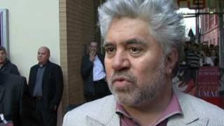 """Cruz und Almodóvar präsentieren """"Zerrissene Umarmungen"""""""