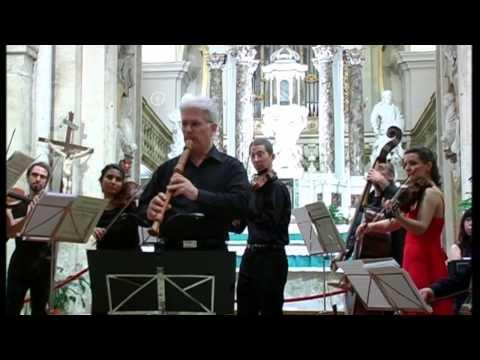 J.S.Bach Suite n. 2 [BWV 1067] La Follia Barocca & David Bellugi [LIVE]
