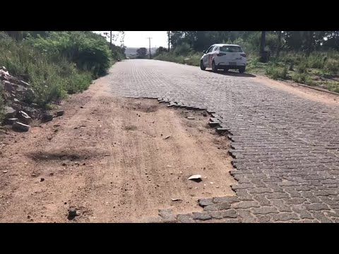 Rua Ivan Alcides Dias em Camaquã, tem problema em Calçamento e risco de acidentes