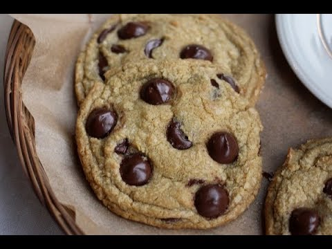 HOW TO MAKE CHOCOLATE CHIP COOKIES | The Creaming Method