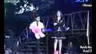 Aliando Syarief dan Prilly   Hujan  Cover Utopia    YouTube