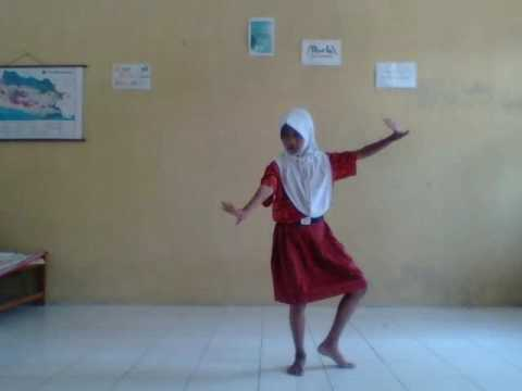 Jaipong Papatong by Diana Hermayanti (Bah Dadeng)