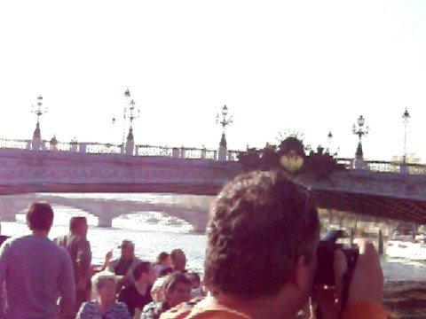 Pont de la Concorde, Place de la Concorde, et Hotel des Invalides.