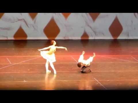 Harlequinade - Annie Ruiz &  Josue Justis