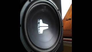 JL Audio 12w3v2 king kong in da trunk