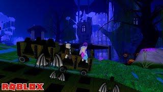 HALLOWEEN THEME PARK RIDES! 🎢 / Roblox: Hallow's Eve Sinister Swamp