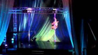 flying laura california pole dance championship 2010