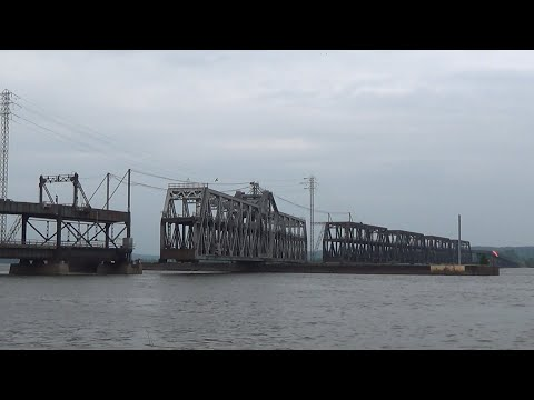 TRRS 415: BNSF's Fort Madison Swingbridge