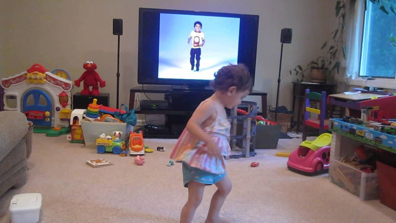 Yo Gabba Gabba Victoria Dancing At 17 Months Youtube