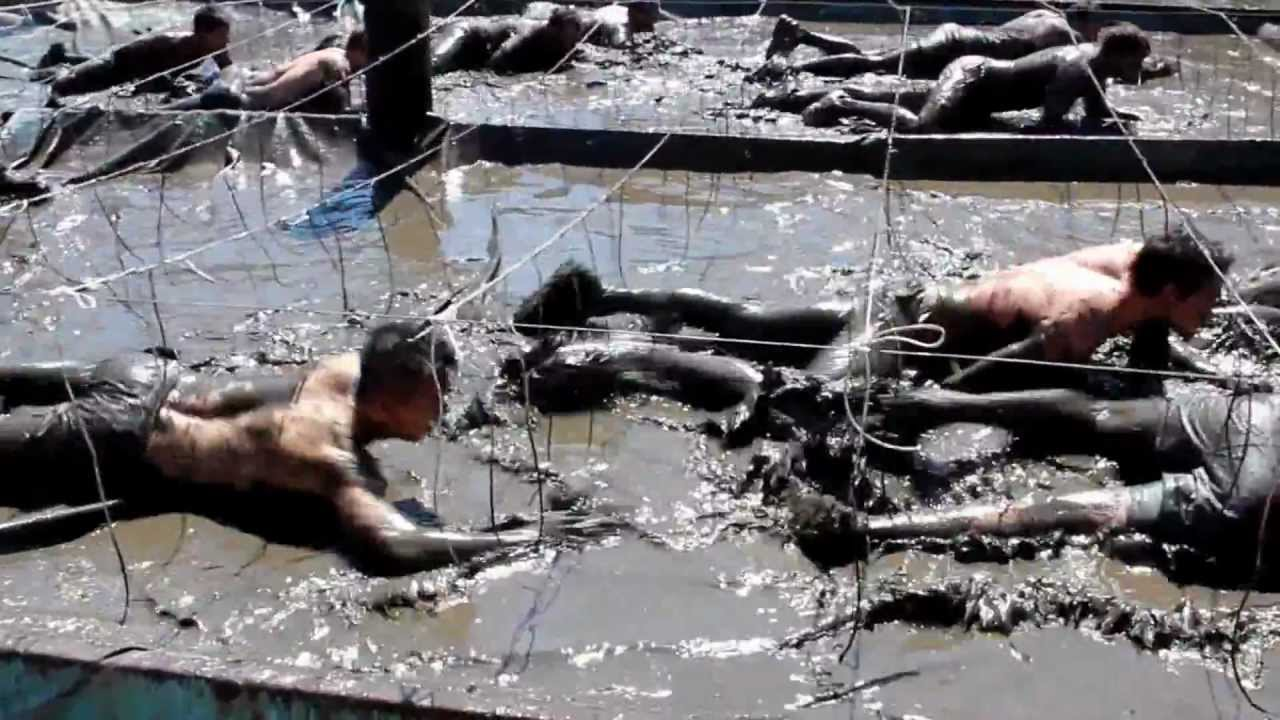 Tough Mudder Electric Eel Obstacle - Sydney September 2012 - YouTube