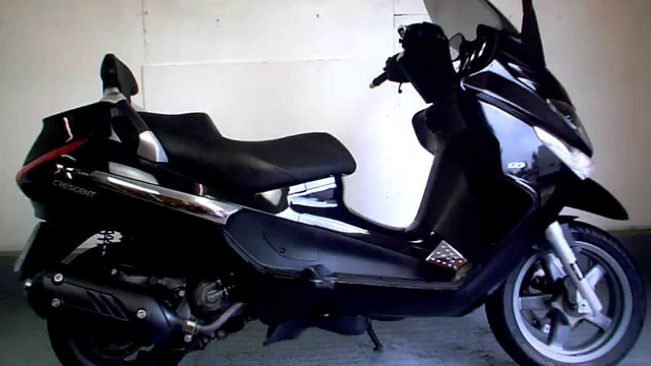piaggio xevo 125 for sale uk call david 07711 116592 youtube. Black Bedroom Furniture Sets. Home Design Ideas