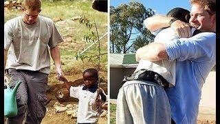 Él Invita A Su Boda A Un Africano Huérfano - Lo Que Lleva A La Boda De Regalo Dejo A Todos Gritando!