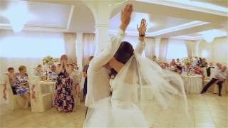 """Подарок на свадьбе Жених читает рэп (песню) невесте """"MaxFEdoroV - ты моею женою стала"""""""