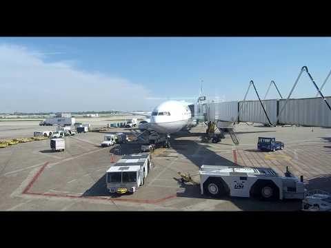 ✈ QATAR AIRWAYS ✈  CHICAGO TO DOHA ✈ BOEING 777-300 ER