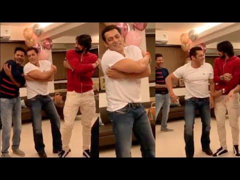 Salman Khan & Kiccha Sudeep Kannada Superstar LAUGH RIOT Dance with Prabhu Deva | DABANG 3 Mp3