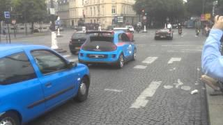 Renault Twin Run Concept 2014 Videos