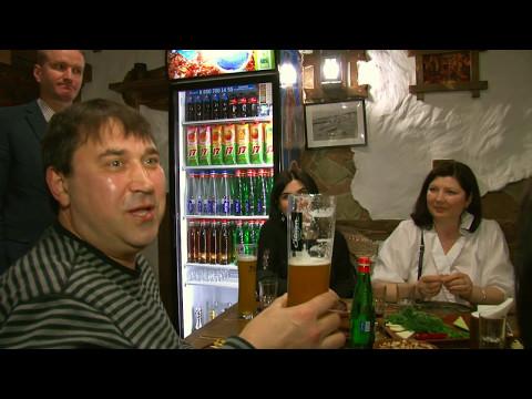 Дегустация крафтового пива сваренного в таверне, пивным клюбом Воронежа.