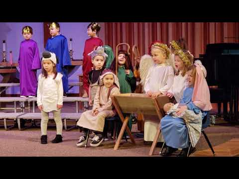 Lincoln Living savior preschool Christmas performance