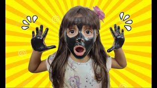 JULIA com O ROSTO e as MÃOS PRETAS | My face and my hands are black - ,وجهي ويدي سوداء