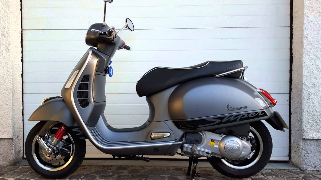 vespa gts 300 super sport 2015 youtube. Black Bedroom Furniture Sets. Home Design Ideas