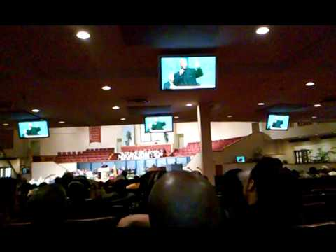 "KEVIN BELL BROTHER ""SEAN BELL"" SPEAKS AT FUNERAL"