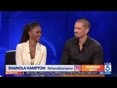 "Steve Howey Praises Shanola Hampton in ""Shameless"""