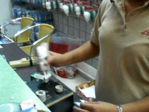 Buying a light bulb in Panama