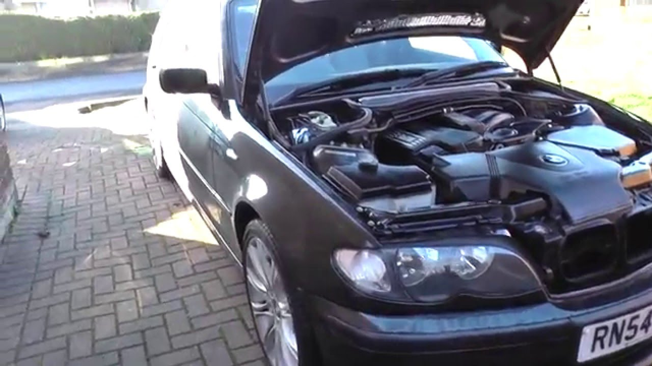 bmw e46 3 series touring battery location youtube. Black Bedroom Furniture Sets. Home Design Ideas
