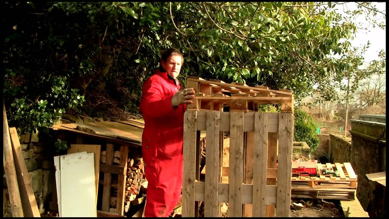 How to Make a Woodstore from Pallets - YouTube