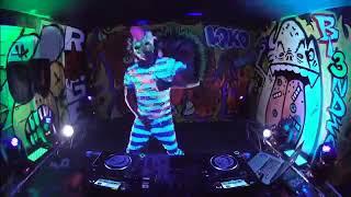 DJ Aisyah Jatuh cinta pada Jamila - Akimilaku