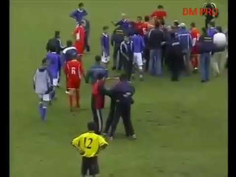 Iwan Fals-Sepak Bola