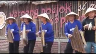 Video Warung pojok cukang monteng - Iyan Lestari download MP3, 3GP, MP4, WEBM, AVI, FLV Agustus 2018