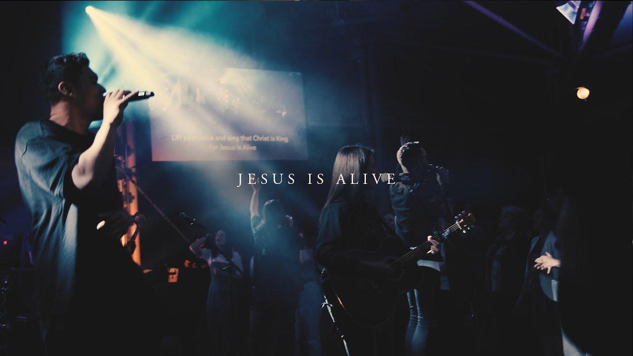 CityAlight – Jesus Is Alive (Live)