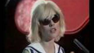 Blondie - Sunday Girl / Dreaming (TOTP 1979)