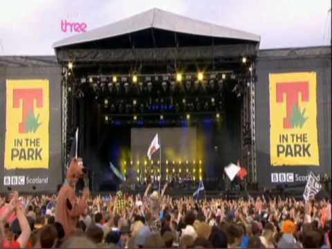 Faithless - Sun to Me   Live @ T in the Park 2010 (HQ)